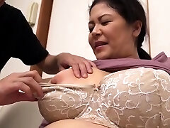 Good-sized Boobs Chubby Hairy Mature Has Sex Outdoor
