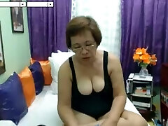 steaming lady X granny Asian
