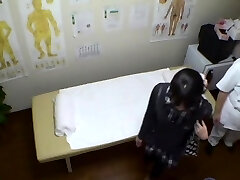 Real covert cam sex for Asian girl in the massage parlor