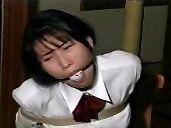 dekle šoli ropstva D51