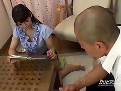 सींग का बना हुआ शिक्षक Rei Mizuna