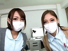 नर्स palpates के बिना खतना के मुर्गा