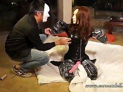LOVE GLOVE MUTT BONDAGE FEMALE MASK