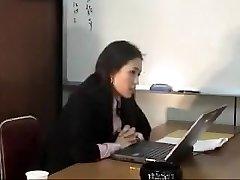 मीर कोरिया की मेज पर