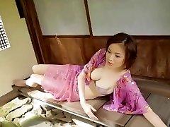 יפנית בוגרת 1