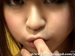 प्यारा Mahiru Hino हस्तमैथुन जब तक वह Squirts