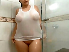 YOUNG BBW MIDDLE EAST IN THE Douche