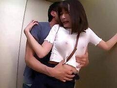 常にノーブラ透けおっぱいで誘惑する【完全着衣】Jカップお姉さん 筧ジュン