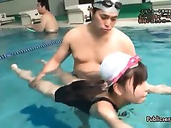 Seksi asian dekle gets pohoten swiming part6