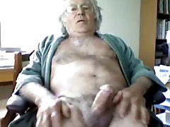 Mature Dad Wanks