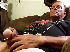 Str8 daddy bear on couch with vibro