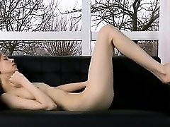 Ultra angular pussy opening on the couch