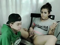 Teenage Shemale hot blowjob