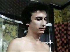 5 Dolls heiss wie Lava (1978)