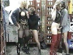 Old-school german fetish video FL 7
