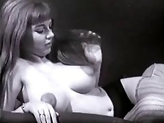 Vintage Big Tits Hooters Puffy Nips Bush