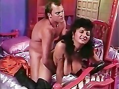 Paki Aunty is tired of Lil' Chinese Paki Dick so goes for Big Western Meatpipe