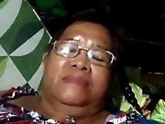 Pinay Grannie