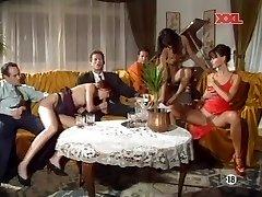 (G) Mona Lisa & Anita Blonde - Party intercourse
