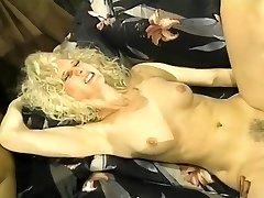 Wild White Femmes in Interracial 3somes