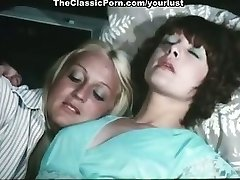 Two lesbians Cathy Stewart, Diane Dubois caress each other and smash cunts with toys