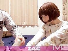 The Nampa Tsurekomi, Hidden Camera 10 autumn 22-year-elderly antique clothing store clerk