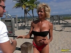 Juggy harlot Lyla entices young dude and gets her elderly pussy fucked
