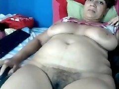 Mom Yasmine 46 frolicking on home webcam