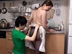 Japanese Big-titted Mom Come to My House