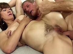 Great Mature Slut Fucking Orgy 1920x1080 4000k