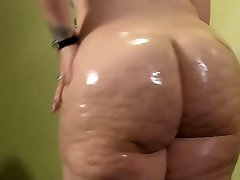 Plus-size Oiling Up Her Phat White Booty