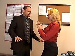Sarah Vandella & Alec Knight in Wild Office