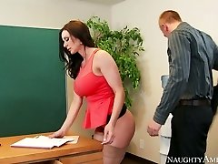 Nasty assistant with good-sized boobs Kendra Eagerness fucked on the table by Richie Black