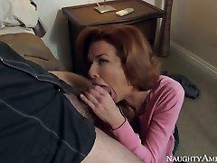 Red haired busty MILF Veronica Avluv swallows hefty lollipop of Dane Cross