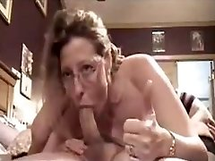 Ugly Mature shows she can still make cock grow hard with deepthroat skillsFive