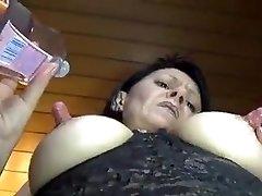 Milf with huge nips