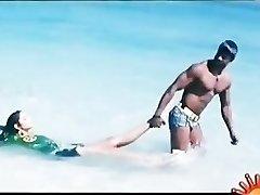 Bollywoods Ragini Dwivedi hot for Vijays Huge Andhra Dark-hued Cobra