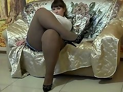 Glorious BBW In Pantyhose