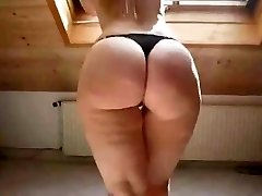 Sexy Blonde in High Heels Flashes Off Her Chubby Bum