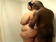 latina bathroom ssbbw