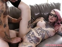 Inked emo slut gets her gash drilled