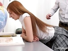 TeenMegaWorld - TeenSexMania - Adorable College Girl