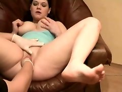 Delicious shaved chubby going knuckle deep
