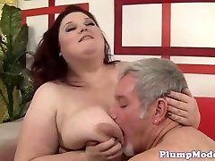 Redhead BBW with good-sized boobs gets boinked