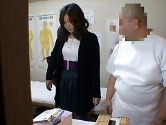 Medical voyeur massage video starring a plump Chinese wearing dark-hued panties