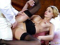 Brazzers - British stunner Erica Fontes gets penetrated