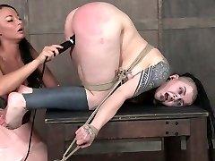 Kinky mistress penalizes fat pussy of lush goth slut Luna LaVey