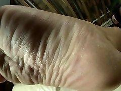 Cassie - Wet Sexy Soles