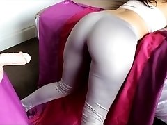 Big Ass Girl Latex Ass Cumshot Big Booty Tease Leggings