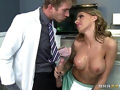 Therapist Danny D tempts a nurse Juelz Ventura